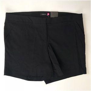 Torrid women's black stretch preppy shorts sz 18